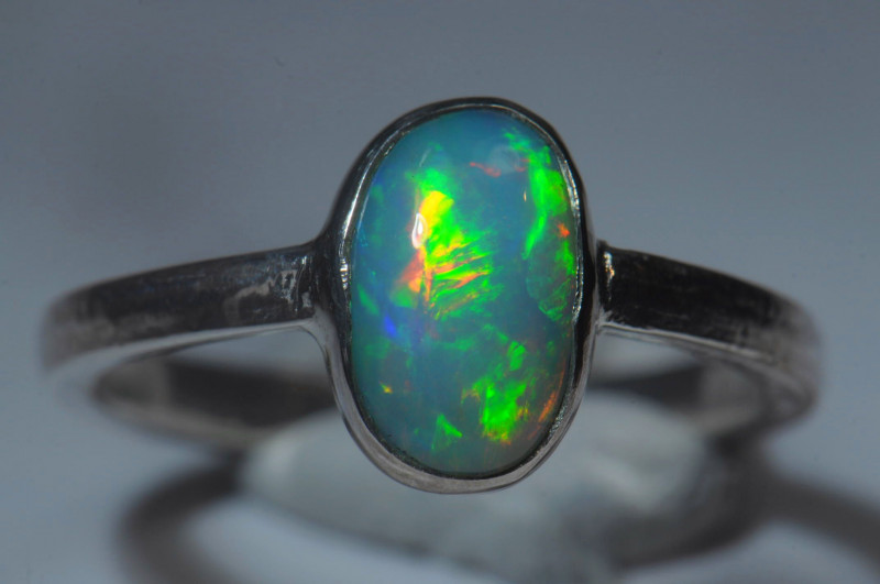 7.2sz Sterling .925 Silver Blazing Welo Solid Opal Ring