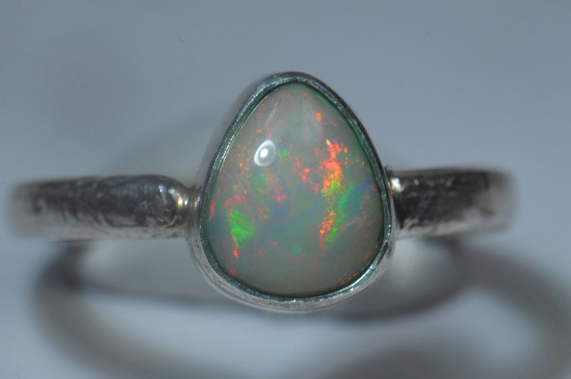 6.2sz Sterling .925 Silver Blazing Welo Solid Opal Ring