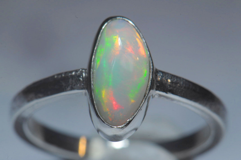 6.7sz Sterling .925 Silver Blazing Welo Solid Opal Ring