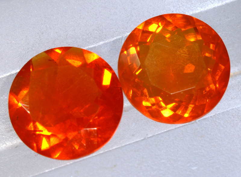 2.39- CTS MEXICAN FIRE OPAL  FACETED  PAIR  FOB-1907