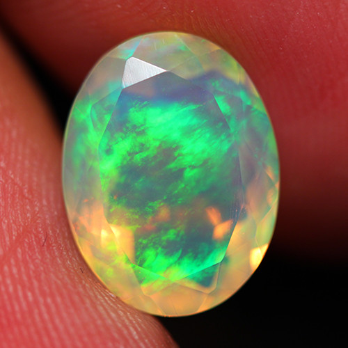 3.50 CT Top Quality Faceted Cut Ethiopian Opal -DF229
