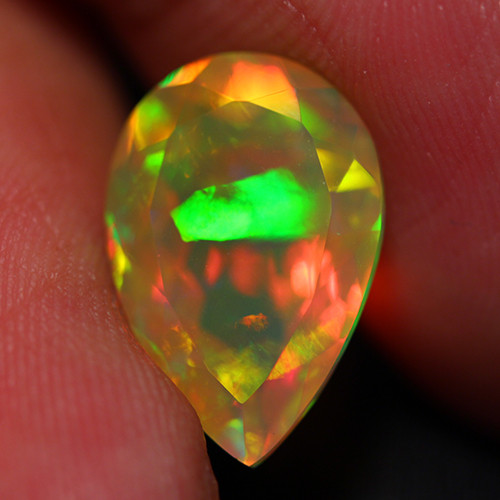 3.64 CT Extra Fine Quality Faceted Cut Ethiopian Opal -DF265