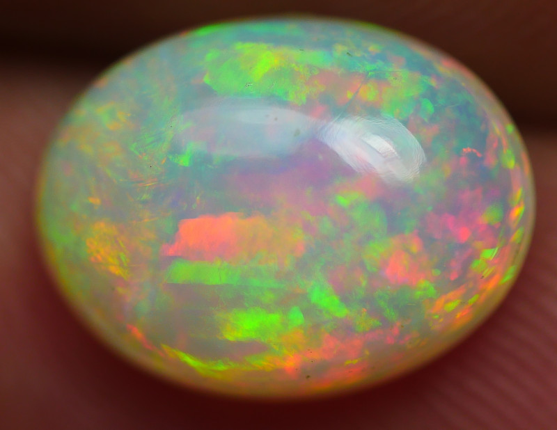 2.30CRT BEAUTY DOUBLE MOTIF WELO OPAL