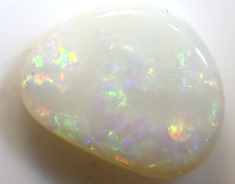 3.37-CTS    SOLID WHITE OPAL  STONE   LO-5496