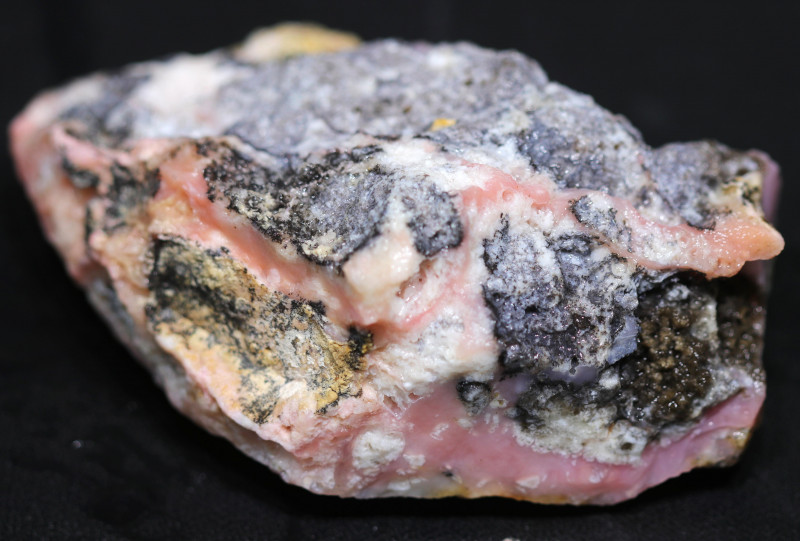1225.00 CTS  LARGE PINK OPAL  ROUGH FROM PERU  [F8343]