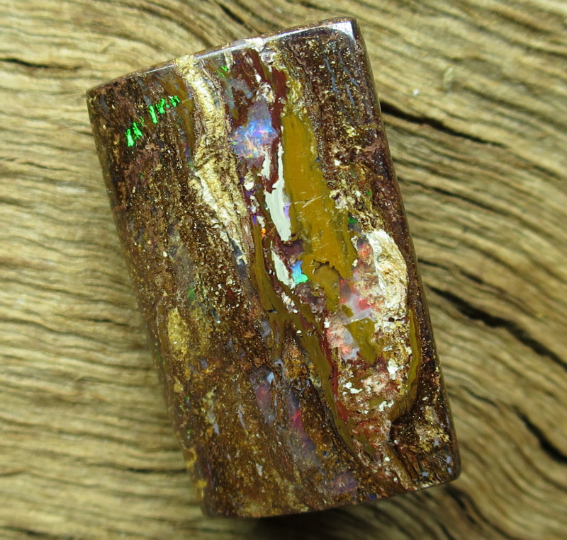 14cts. WOOD OPAL~FOSSIL STONE..