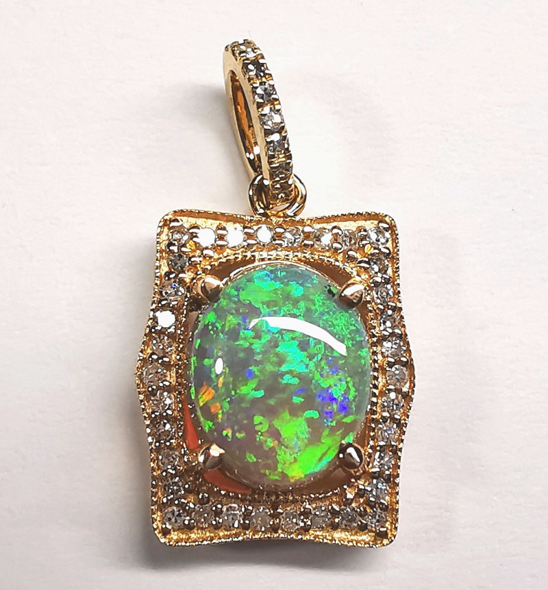 Crystal Opal 14k solid Yellow Gold Pendant with diamonds BP0241119