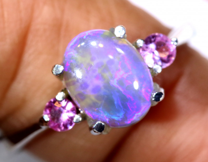15.9 CTS  DARK OPAL AND SAPPHIRE SILVER RING  OF-2652