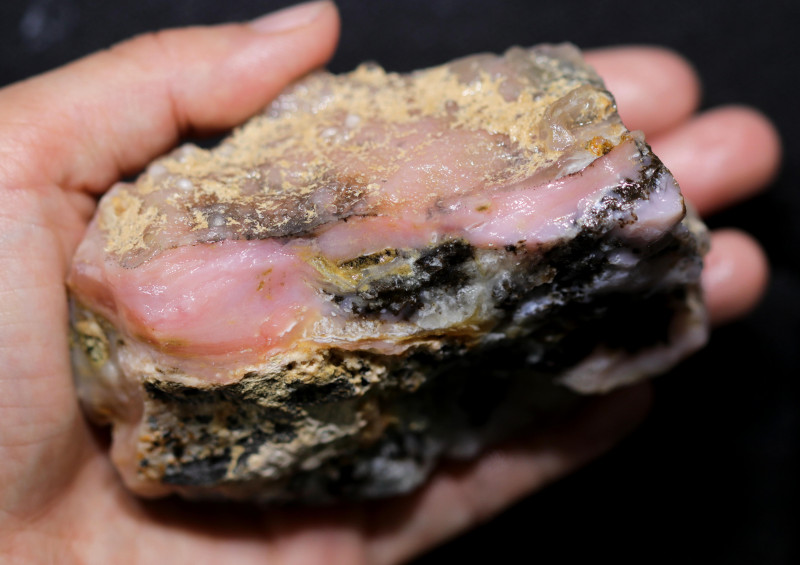 1520.00 CTS  LARGE PINK OPAL  ROUGH FROM PERU  [F8403]
