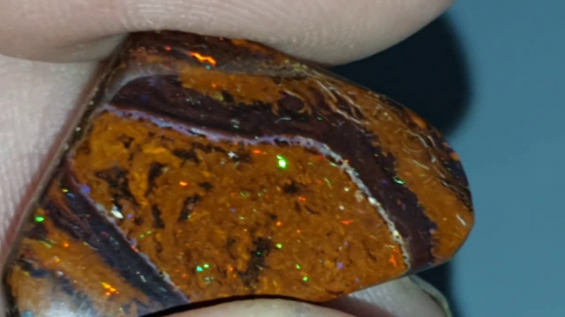 gemmy 23.1 Ct Boulder Opal from Yowah