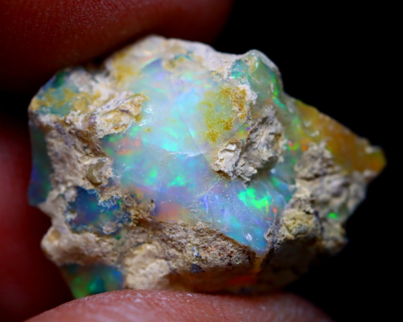 18.16Ct Multi Color Play Ethiopian Welo Opal Rough G1210