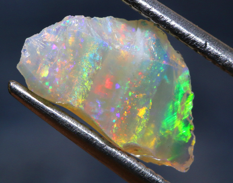 1.05-CTS COOBER PEDY WHITE OPAL ROUGH  DT-A64