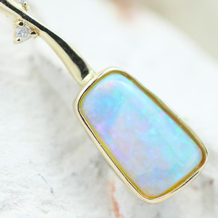 14k Crystal Opal Pendant OPJ 2274