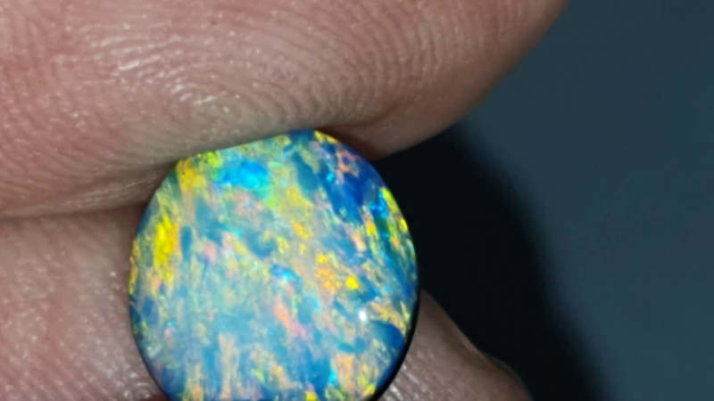 2.6 Ct Opal Doublet made from Lightning Ridge opal
