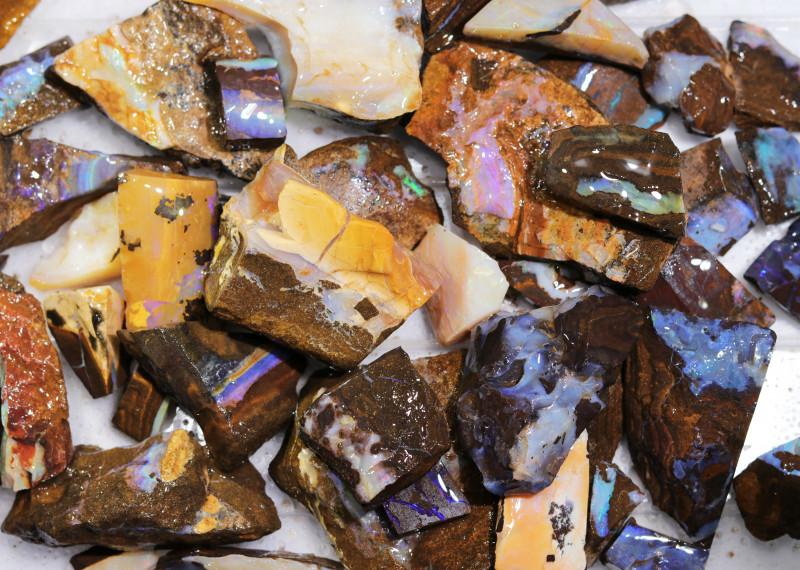 1 Kilo Parcel Boulder Opal Rough  Rubs  WS 1829