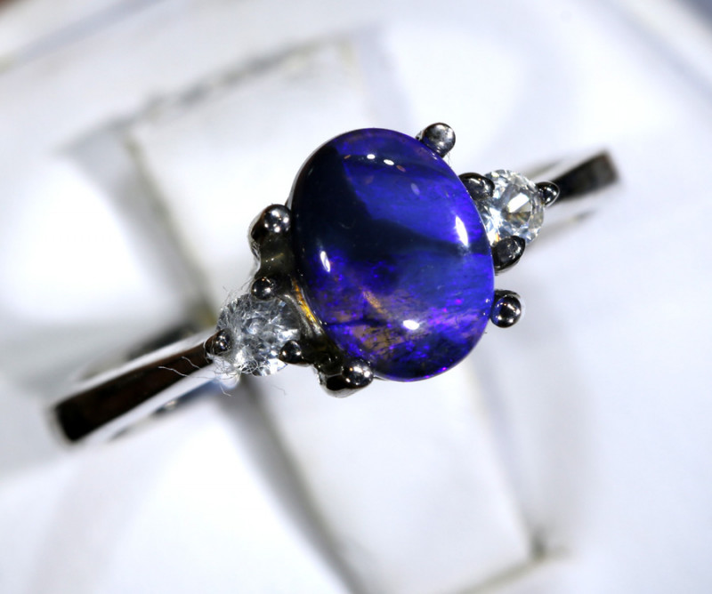 14.28- CTS  BLACK OPAL -SAPPHIRE  SILVER RING OF-2683