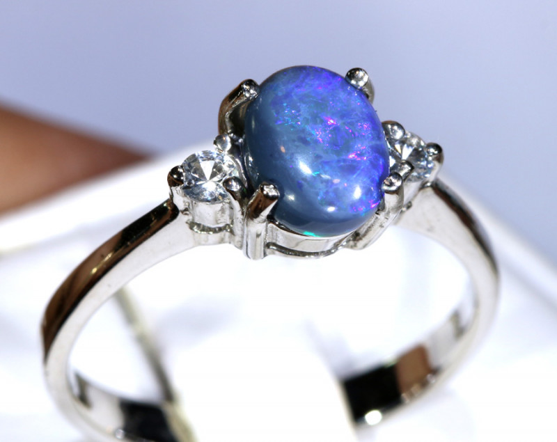 13.64- CTS  BLACK OPAL -SAPPHIRE  SILVER RING OF-2689