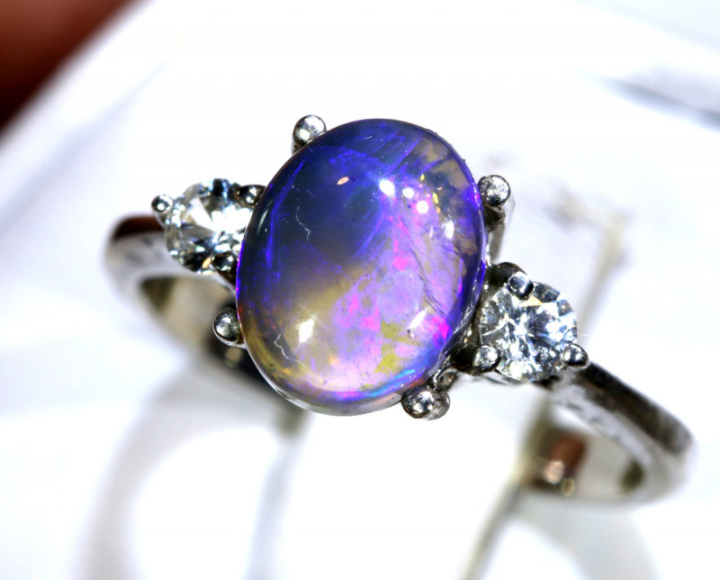 15.72- CTS  BLACK OPAL -SAPPHIRE  SILVER RING OF-2695