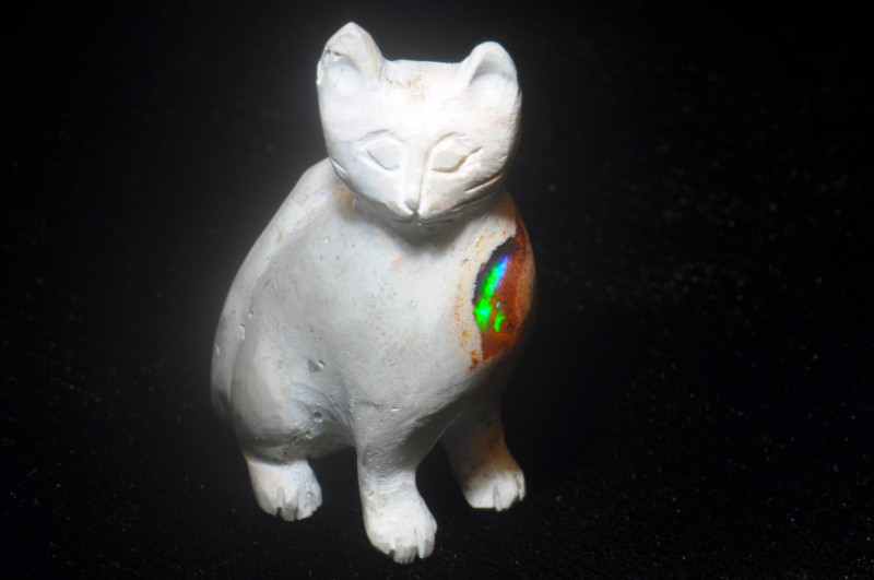 130ct. Cat Mexican Cantera Fire Opal Figurine