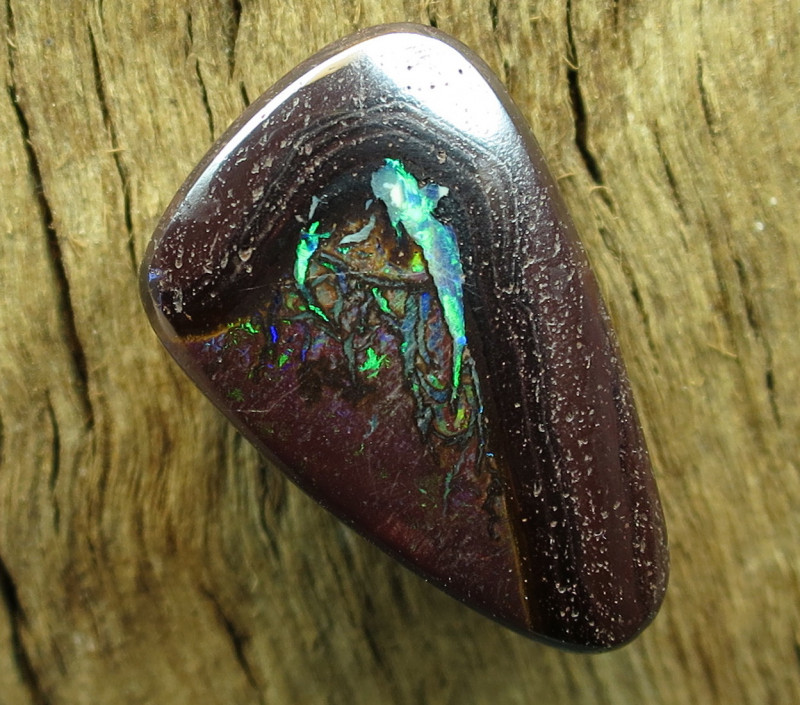 26cts, YOWAH OPAL~SIDE DRILLED.