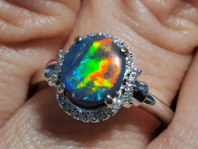 EXTREMELY BRIGHT RED BLACK OPAL RING