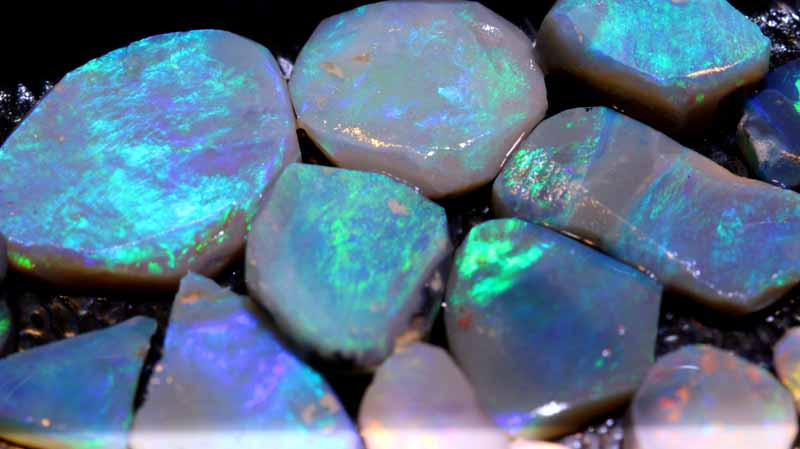 74-CTS  BLACK OPAL ROUGH  PARCEL   L. RIDGE  DT-A779