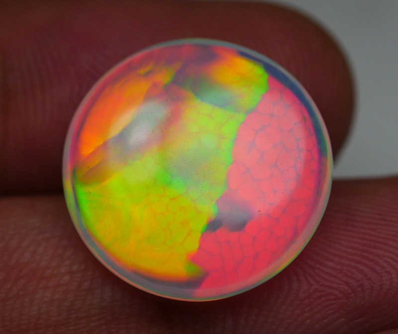 8.25 CRT RARE!! ULTRA BRIGHT ROUND RED NEON DELUXE WELO OPAL*