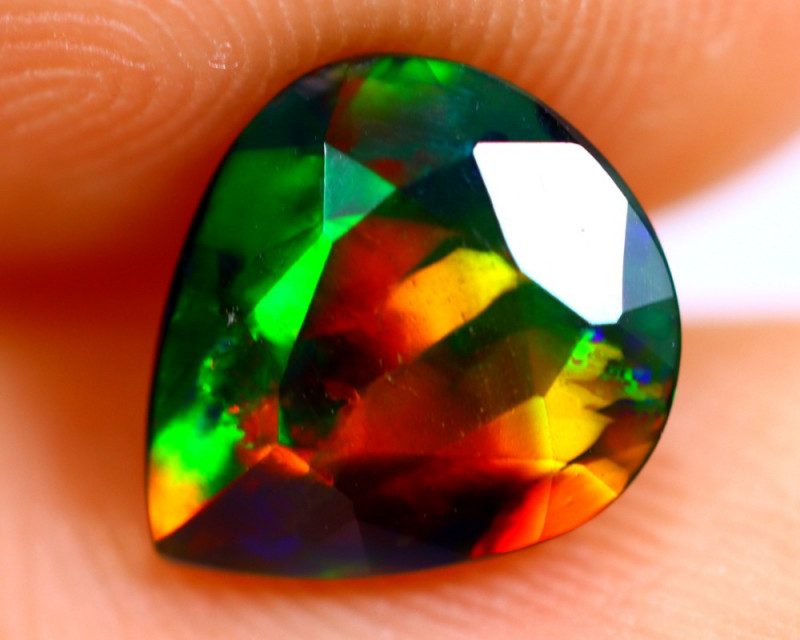 1.13cts Natural Ethiopian Smoked Faceted Black Opal / BF852