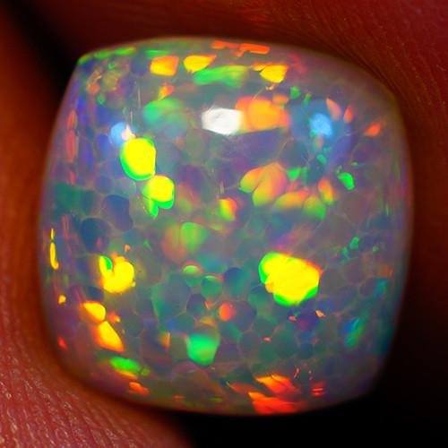 2.11 CT Extra Fine Quality  Welo Ethiopian Opal-GC608