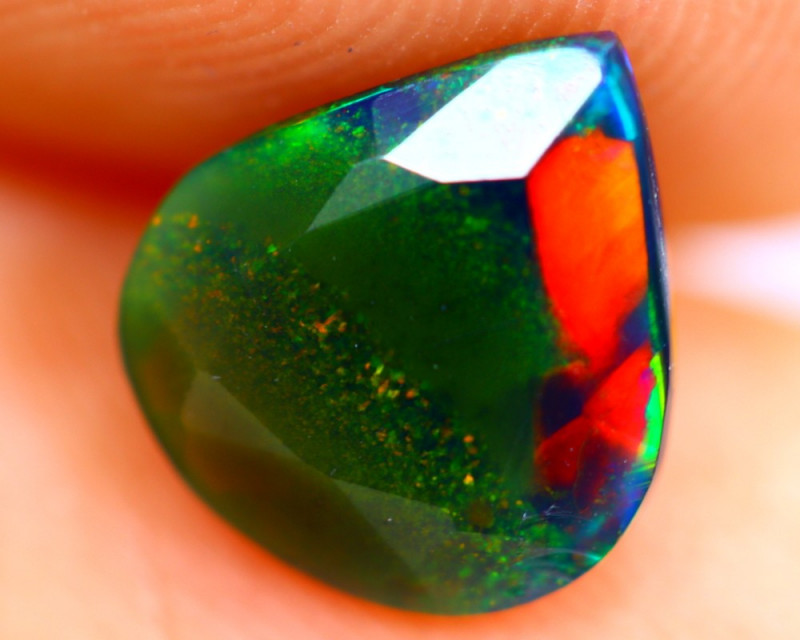 0.96cts Natural Ethiopian Smoked Faceted Black Opal / BF913
