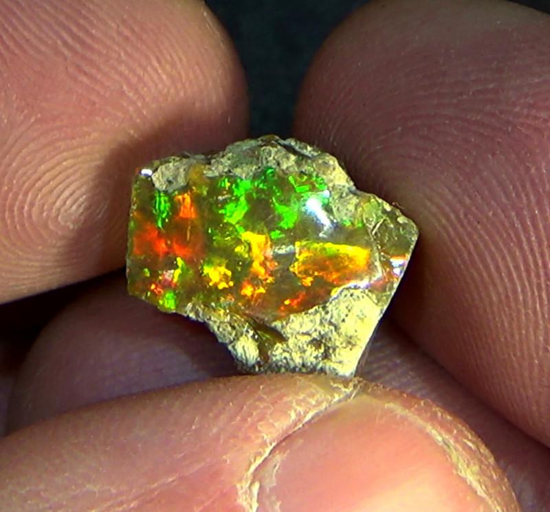 7.20 cts Ethiopian Welo CHAFF CIRRUS rough dark brilliant opal N4 5/5