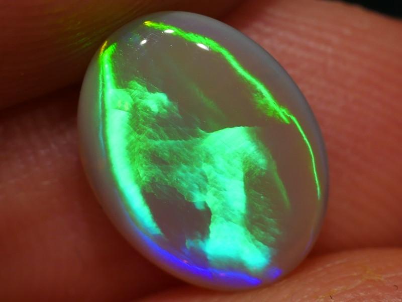 2.39 ct Extra Bright  Lightning Ridge Crystal Opal - Australia