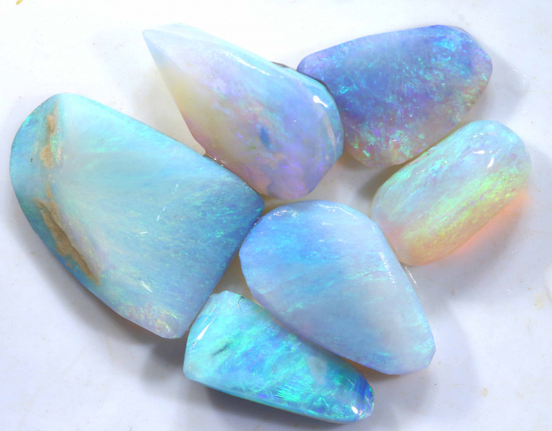 17.7 CTS   - CRYSTAL OPAL ROUGH  PRACEL DT-7242