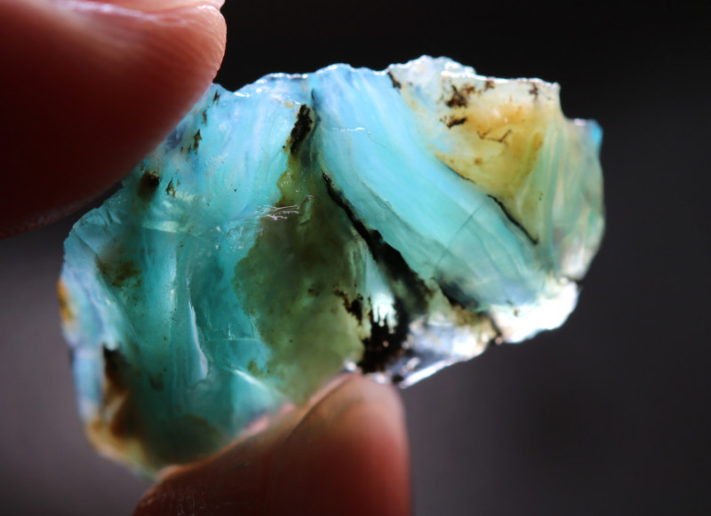 10.18 CTS  A GRADE BLUE PERU OPAL ROUGH WITH DENDRITIC INCLUSIONS  [VS8001]