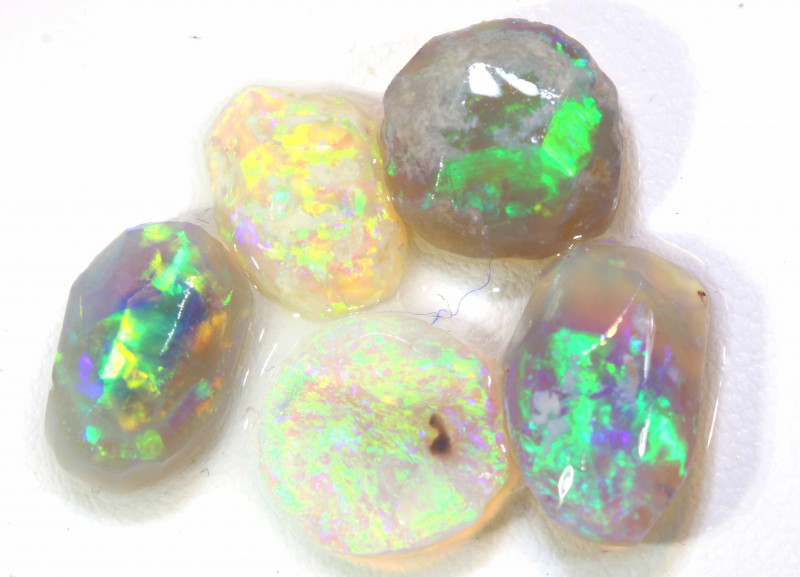 12.7 CTS -  BLACK OPAL ROUGH PARCEL (5PCS) DT-7434