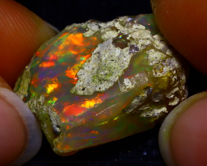 17.91Ct Bright Color Play Ethiopian Welo Opal Rough GR27