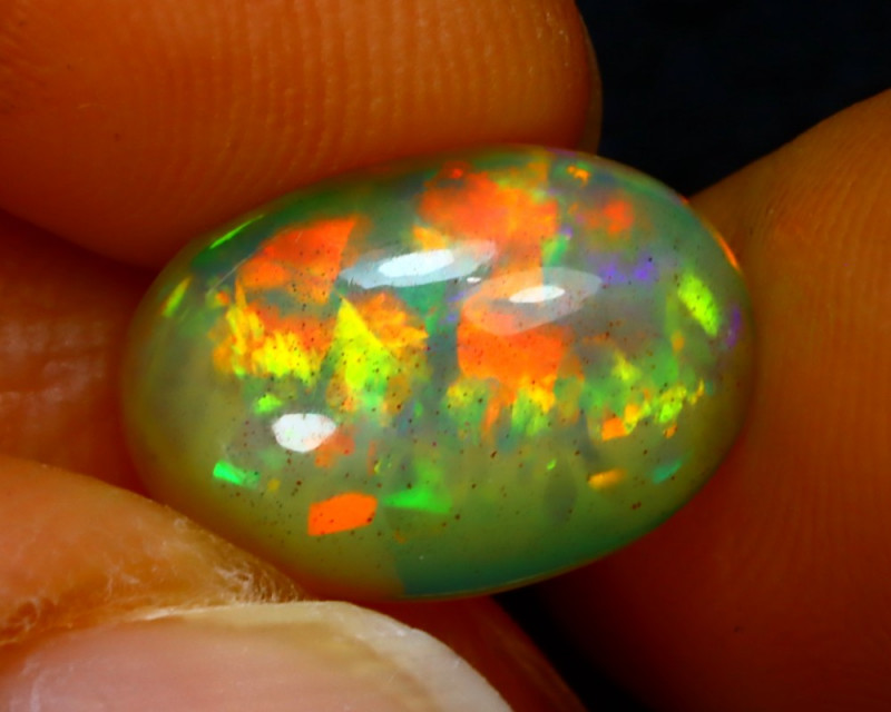 Welo Opal 2.72Ct Natural Ethiopian Play of Color Opal J2703/A44