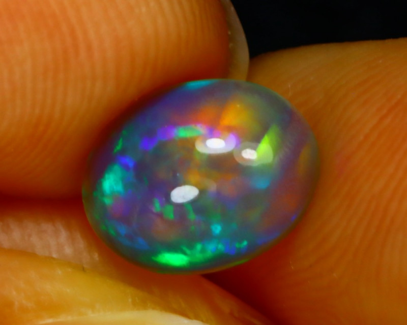 Welo Opal 1.22Ct Natural Ethiopian Play of Color Opal G2704/A44