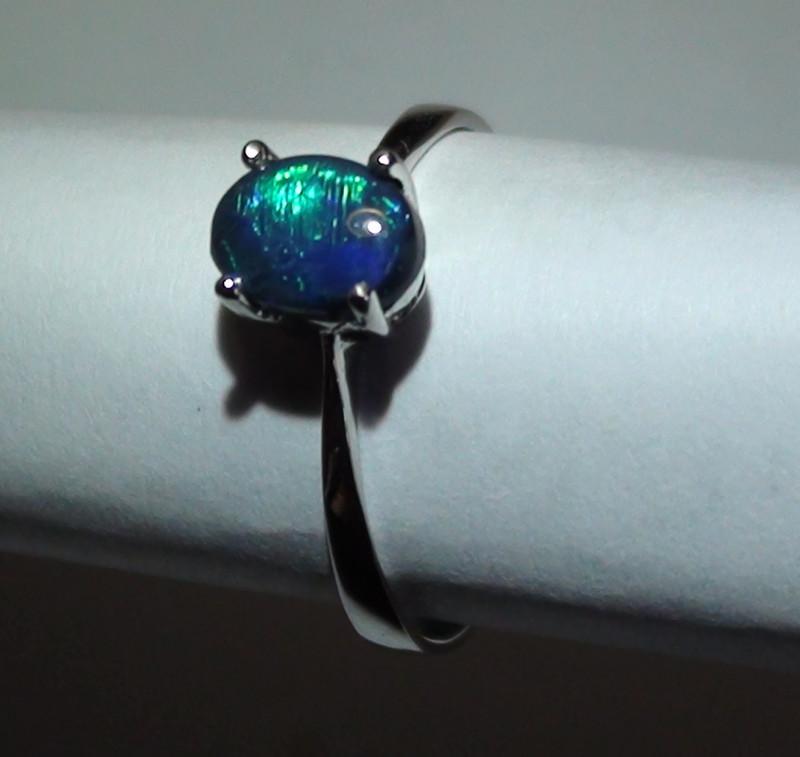 7.90 ct 18k Solid Gold Gem Lightning Ridge Black Opal Diamond Ring
