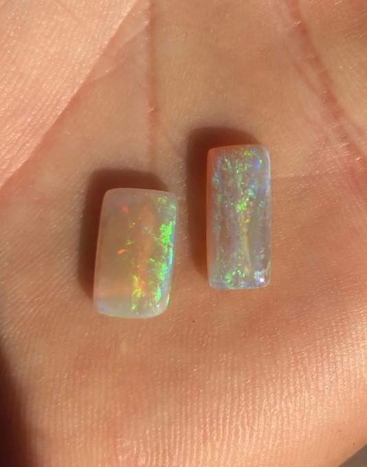 3.9cts rectangular crystal from Lightning Ridge