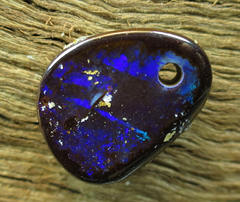 COLOURMINE OPALS>6.40.cts DRILLED LOVELY BOULDER OPAL
