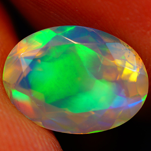 2.37 CT Extra Fine Quality Faceted Cut Ethiopian Opal -GF199