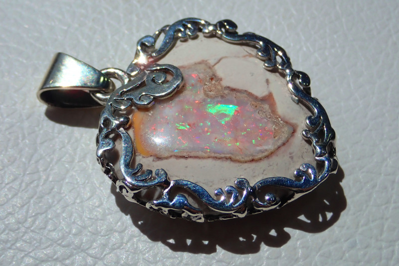 70ct .925 Sterling Mexican Taxco Silver Pendant Opal