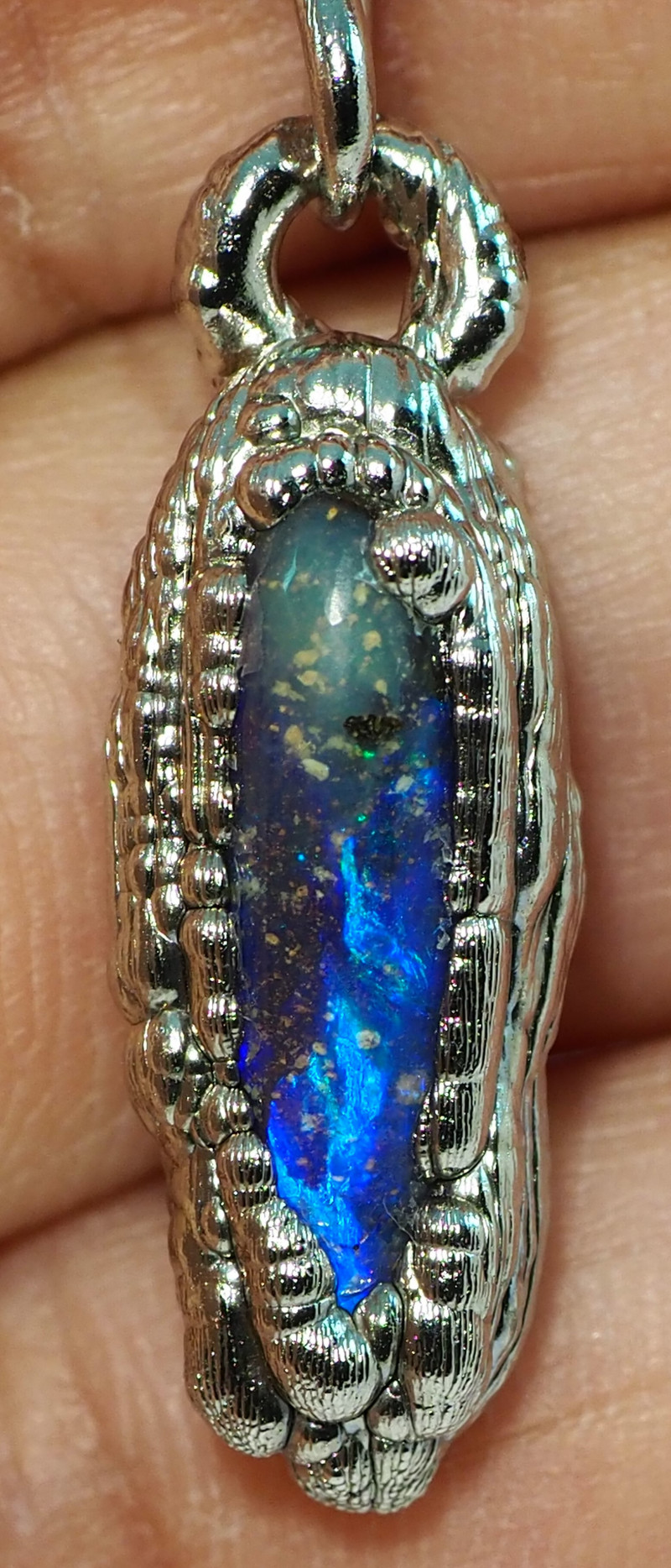 19.45CT OPAL PENDANT WITH SILVER COPPER ELECTRO FORM BJ62