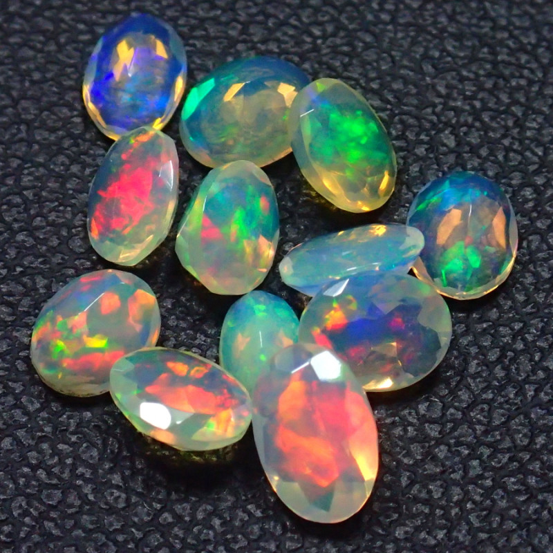Mixed Size 2.72Cts Natural Faceted Calibrate Ethiopia Untreated Opal