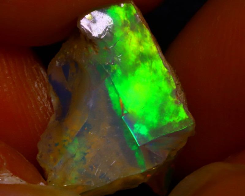 5.17Ct Multi Color Play Ethiopian Welo Opal Rough J2220/R2