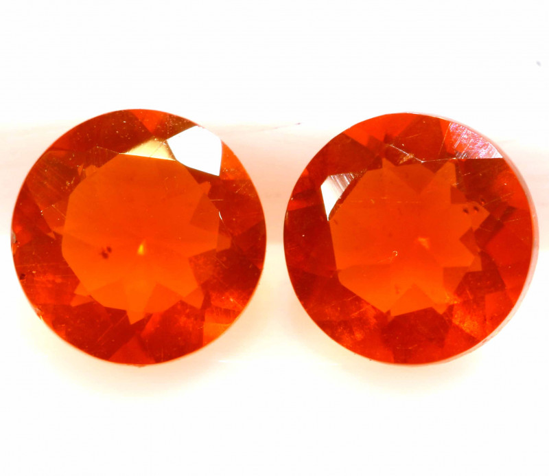0.70 CTS MEXICAN FIRE OPAL FACETED STONE PAIR  FOB -2210