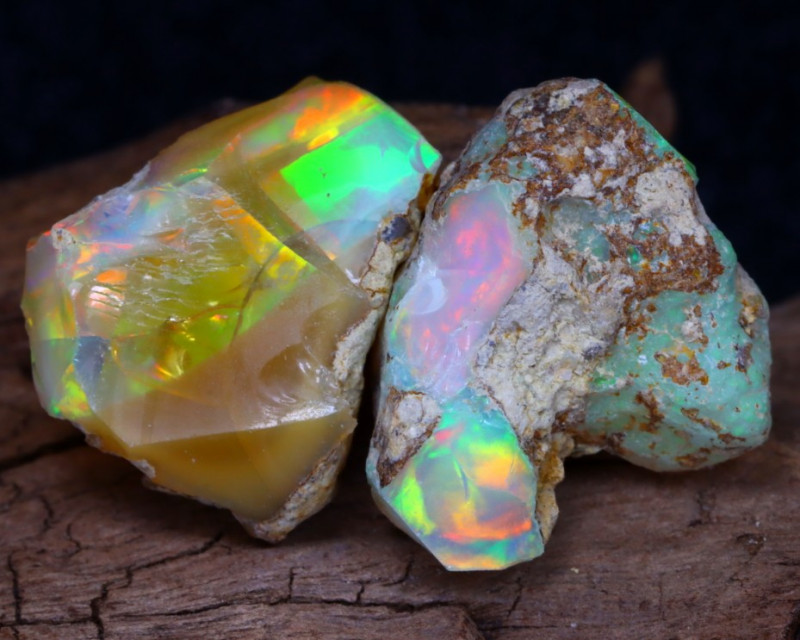 Welo Rough 19.95Ct Natural Ethiopian Play Of Color Facet Rough Opal F0407