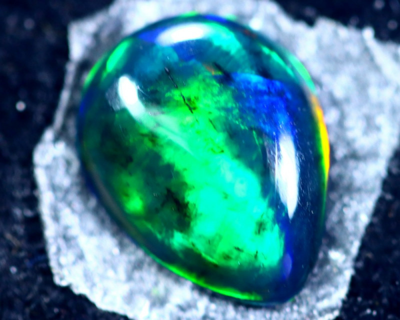 1.02cts Natural Ethiopian Welo Opal / BF2225