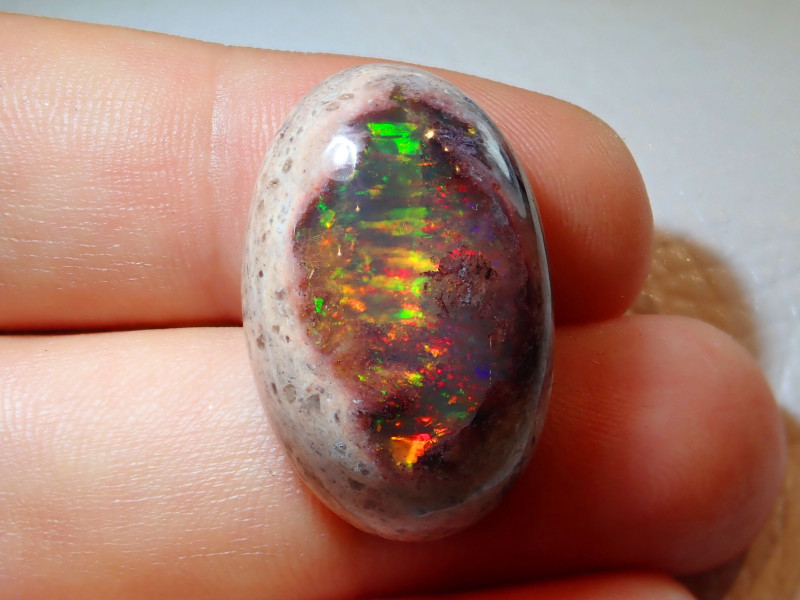 30.06ct Mexican Matrix Cantera Multicoloured Fire Opal